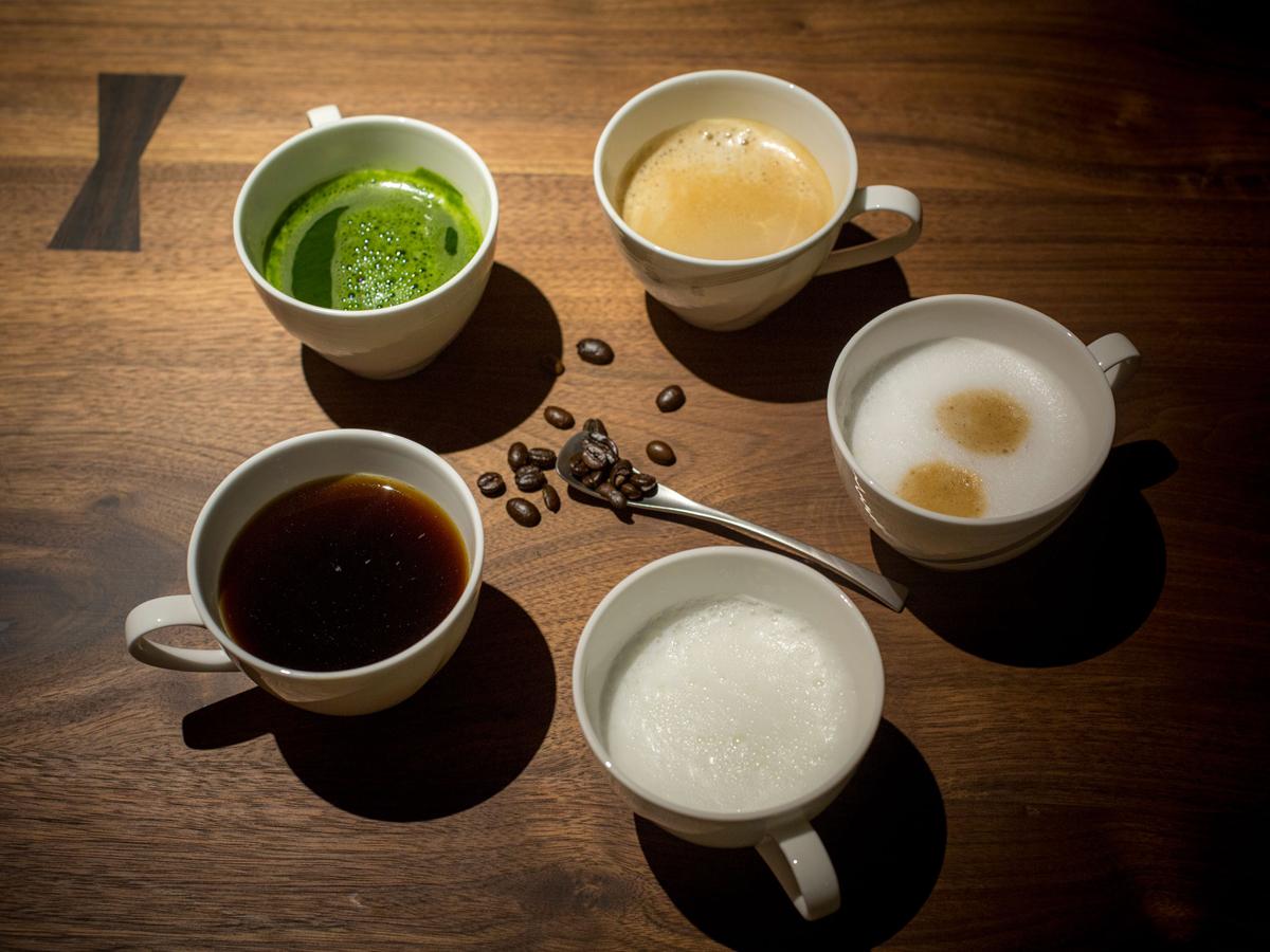 アイスコーヒーやホットコーヒー、抹茶ラテなど7種から選べるカフェマシーン
